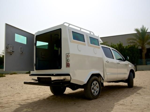 Geldtransportwagen voor het deurslot van M-Locks